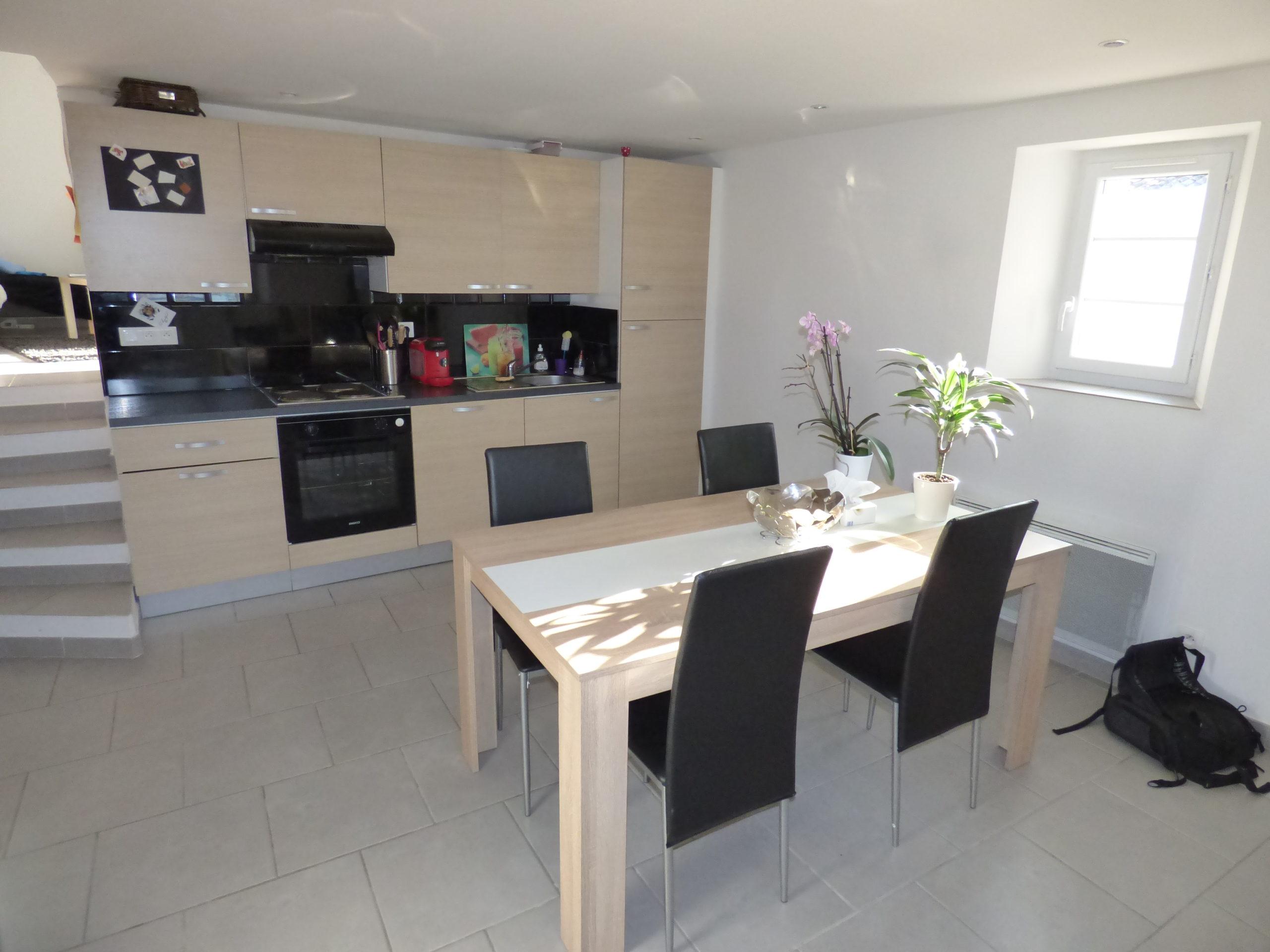 Appartement T3 53m² en duplex – Villecroze