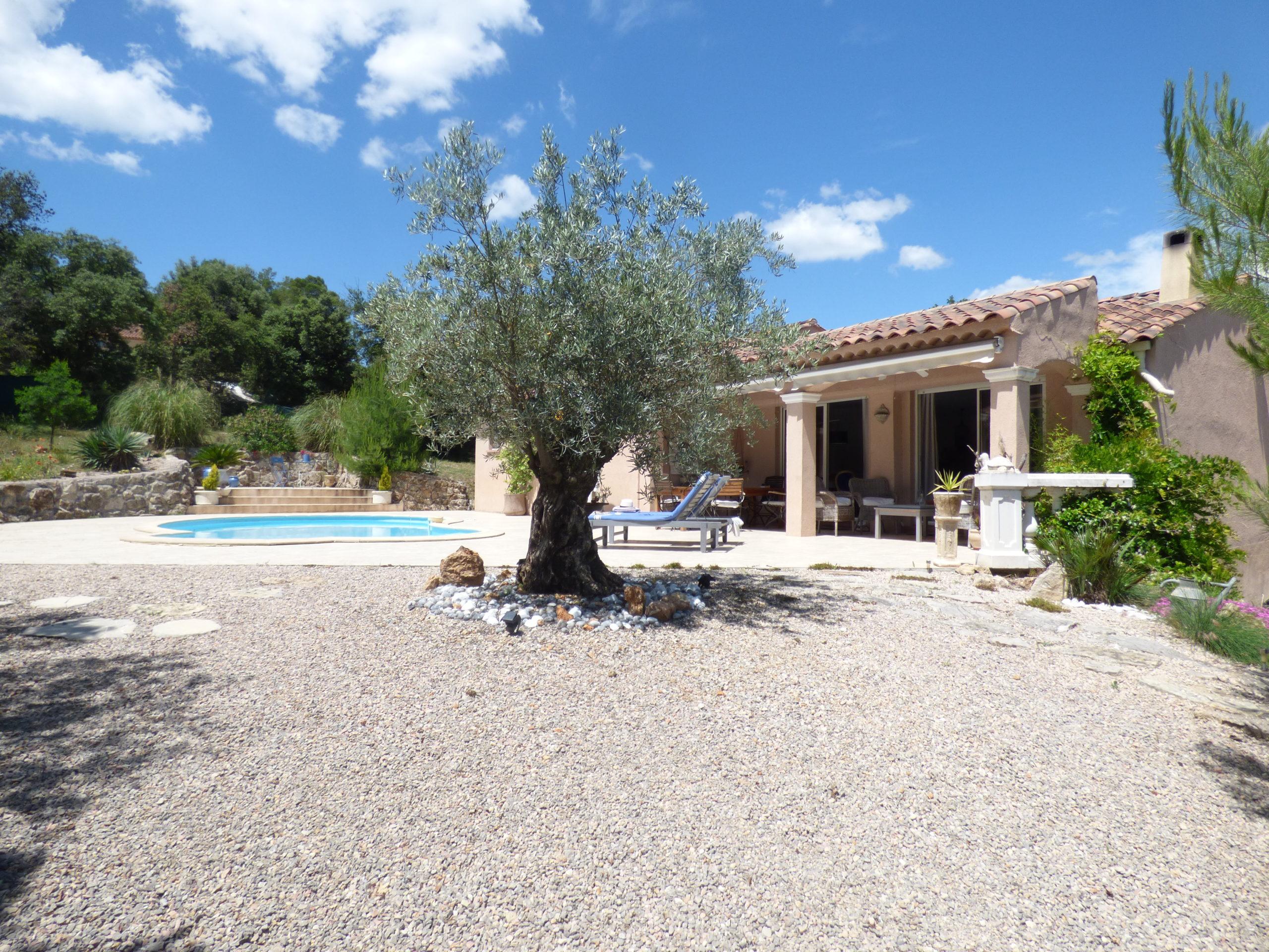 Villa 115m² 3 chambres piscine – Le Thoronet