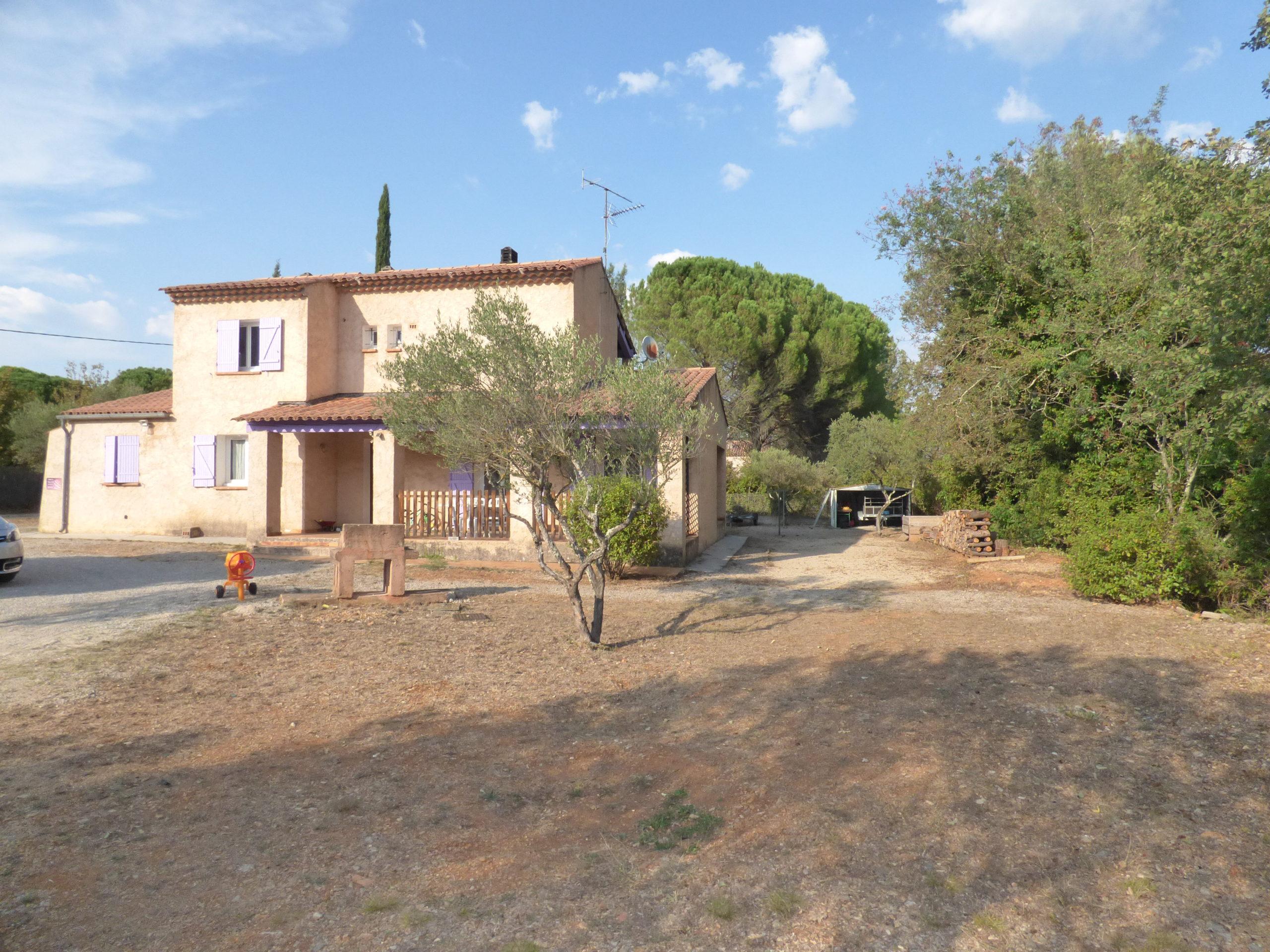 Villa 104m² 2/3 chambres avec garage – Cotignac