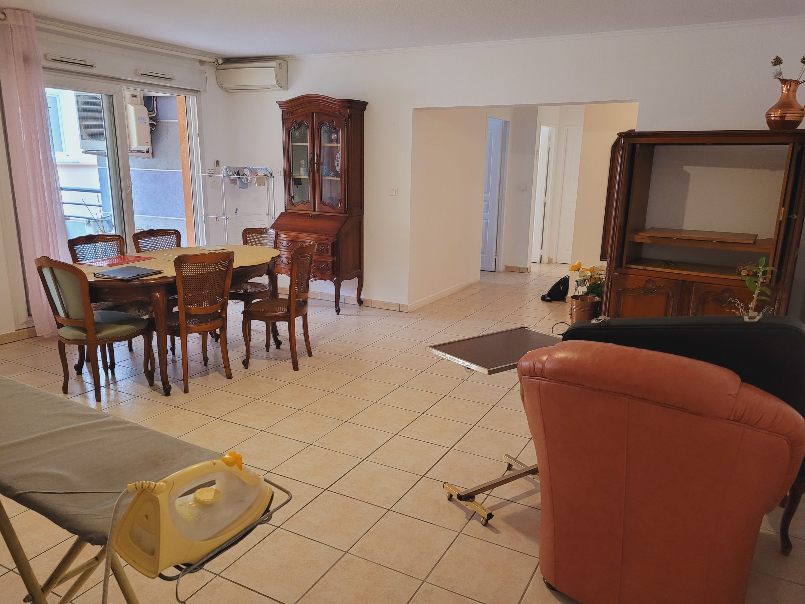 Appartement T3 76m² avec loggia – Draguignan