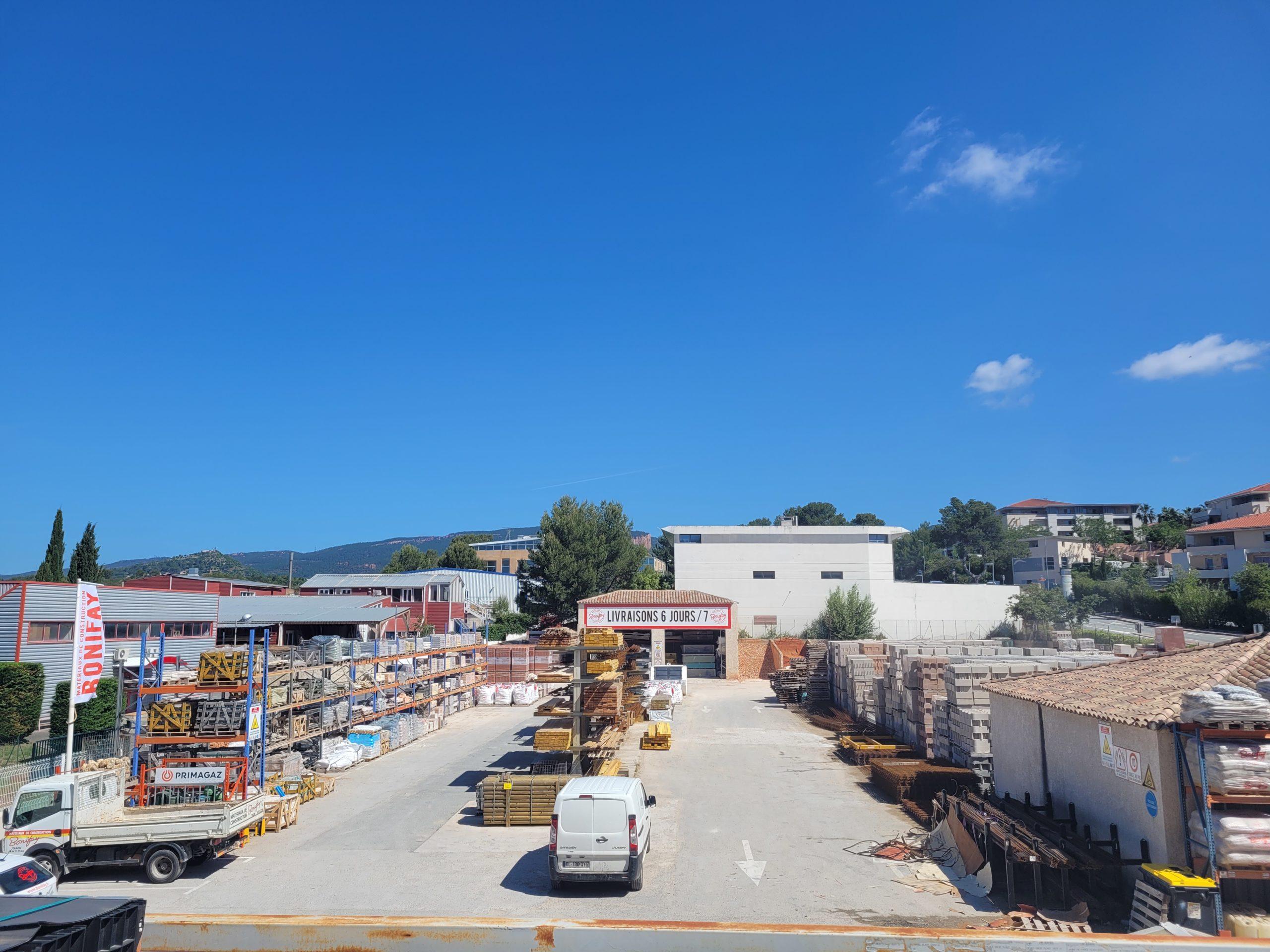 Entrepôt tous commerces – ZAC Le Blavet – Roquebrune sur Argens